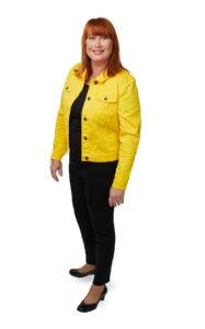 Sari kokovartalokuva keltainen takki